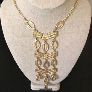 NWT Stella & Dot Kimberly Necklace in Gold